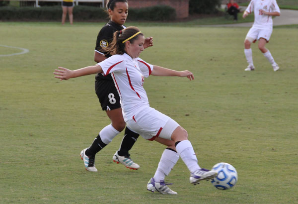 Women's Soccer: Panthers roll past Oglethorpe 4-0