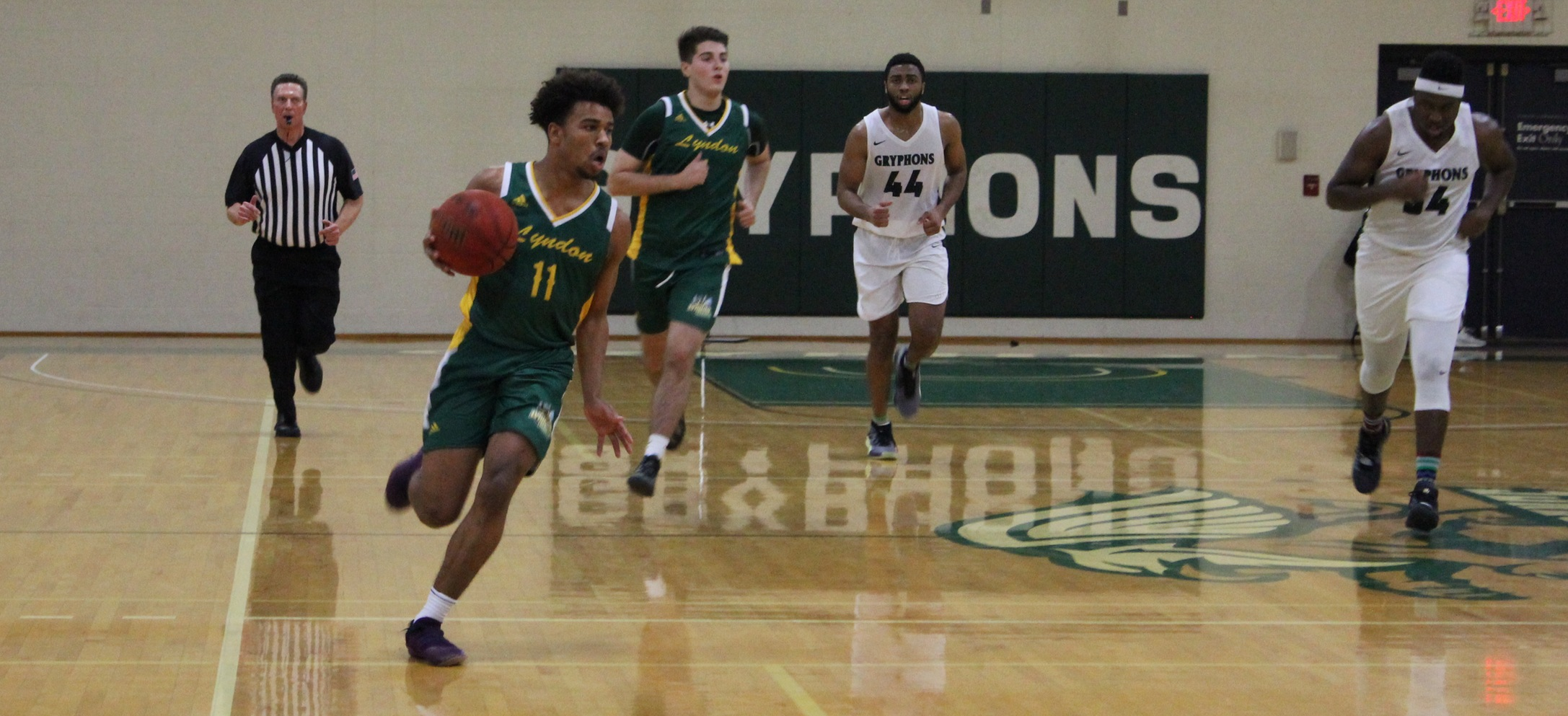 Hornets struggle to get anything going at Sarah Lawrence