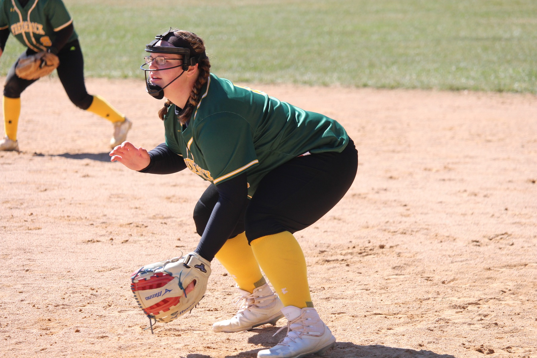 Softball Drops Doubleheader to Skipjacks