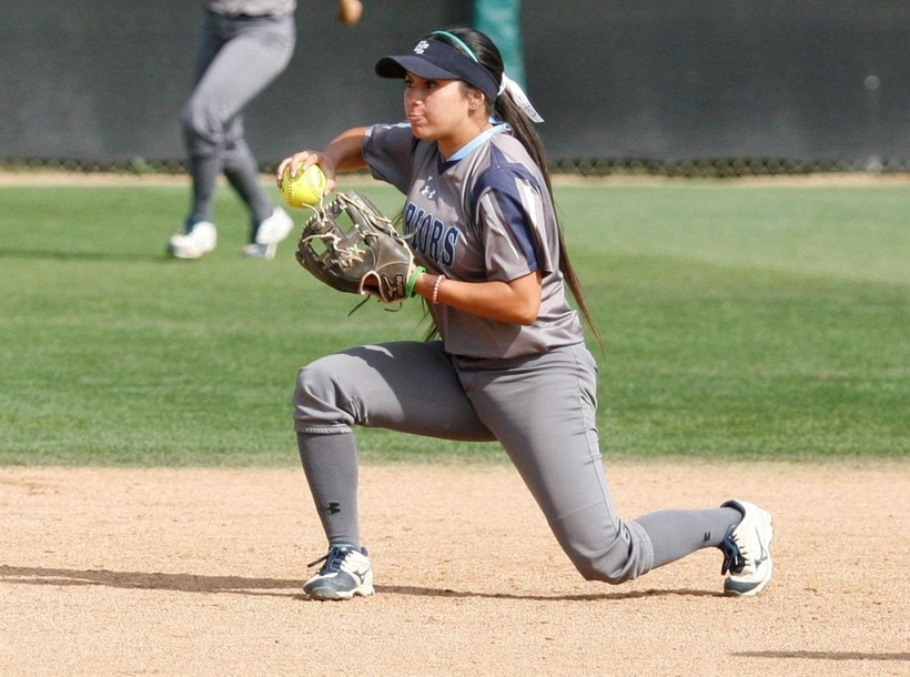 Softball Begins Season with Doubleheader Sweep