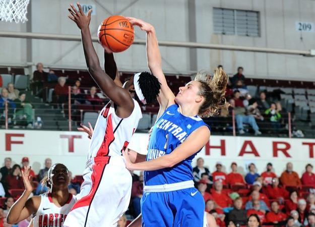 Women's Basketball Blocks URI, 50-45