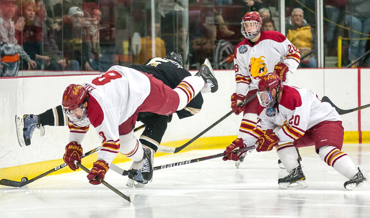 PREVIEW: Final CCHA Regular-Season Home Series This Weekend For Bulldog Hockey