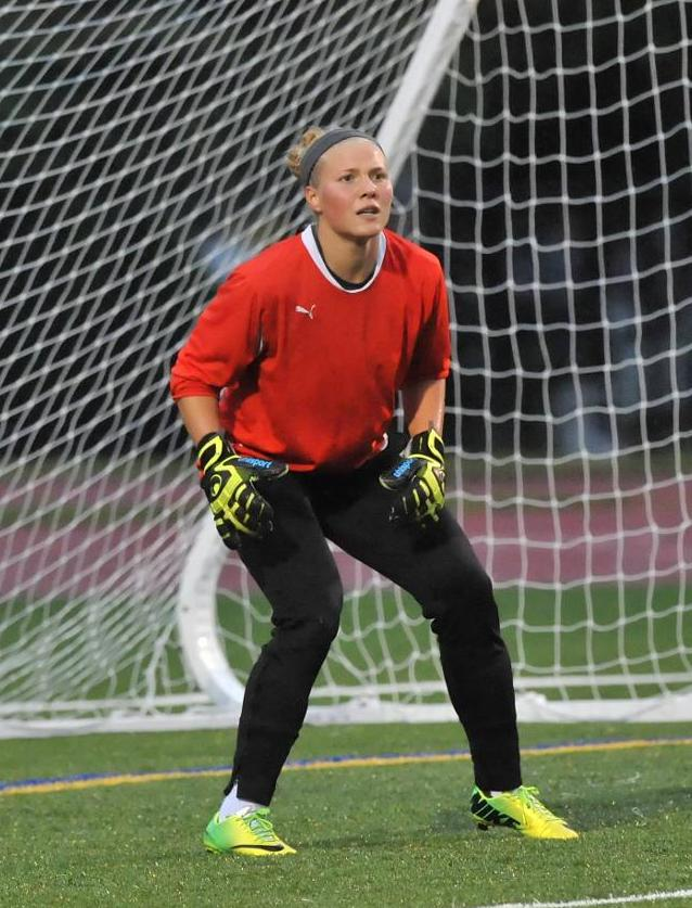 Levesque Makes 13 Saves As Women's Soccer Drops 1-0 MASCAC Heartbreaker At MCLA In Season Finale