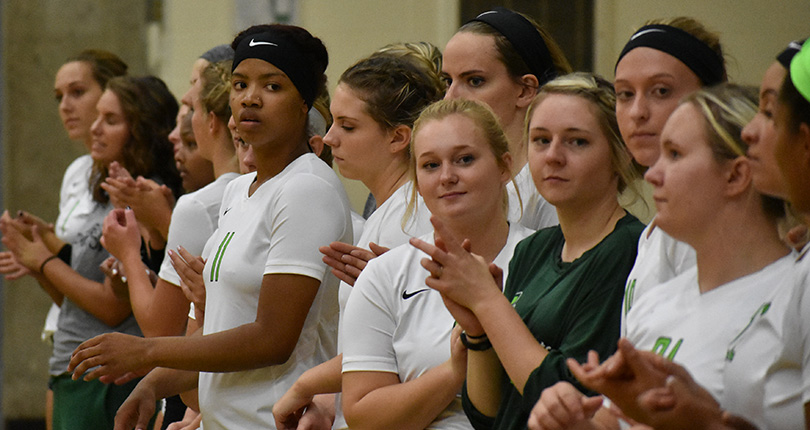 Straight set loss for @DubC_Volleyball