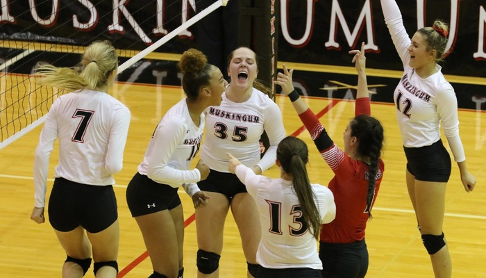 Volleyball aces Wilmington en route to its best start since 1999