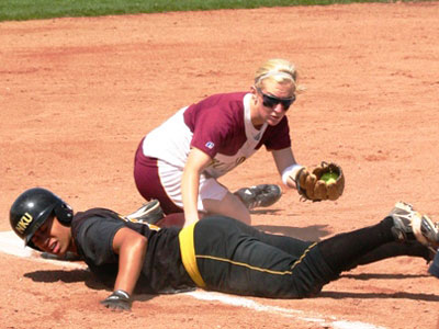 Softball Listed 22nd In Final National Poll