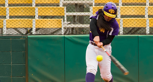Softball sweeps SEMO behind walk-off homer and Harke shutout