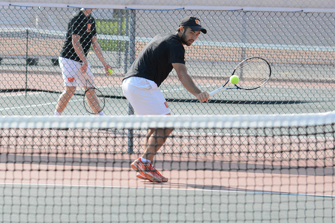 Oilers Go 1-2 in Doubles at UNOH