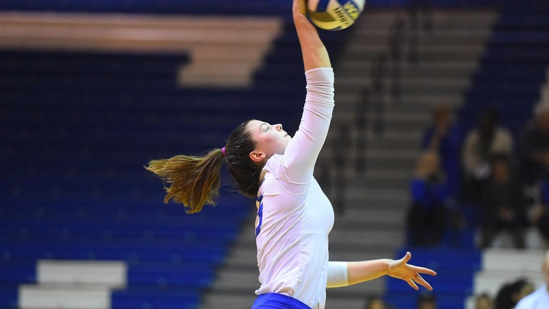 Volleyball Falls at LIU Brooklyn, 3-1, on Friday