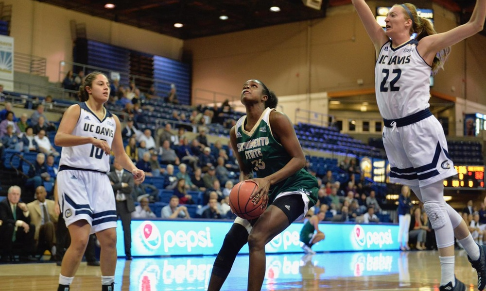 DOUGHTY RECORDS DOUBLE-DOUBLE, BUT WOMEN'S HOOPS COMES UP JUST SHORT AT UNDEFEATED DAVIS