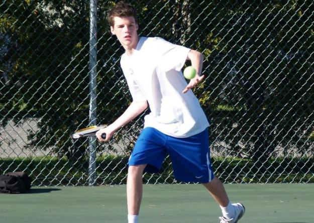 Gallerani earned the lone point for the Seahawks with a 6-0, 6-1 win at No.6 singles