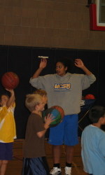 UCSB Women's Basketball Team Holds Clinic for Local Youths