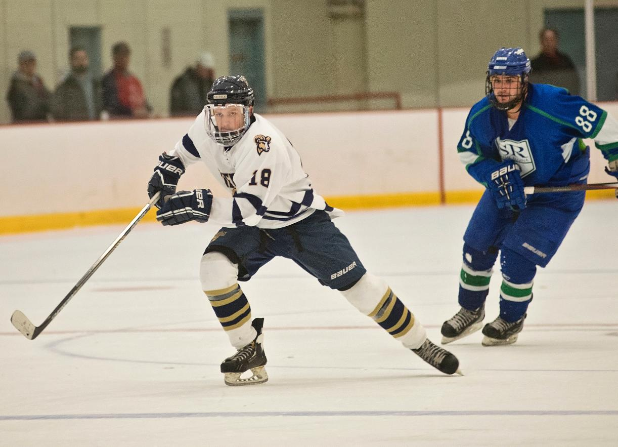 Men's Hockey Staves Off Assumption in Season Debut, 5-4