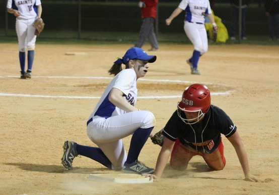 NINE-RUN FOURTH LIFTS LEBANON VALLEY OVER SOFTBALL, 11-3