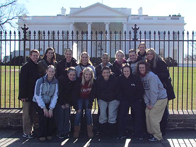 Bulldog Women's Team Tours Nation's Capital