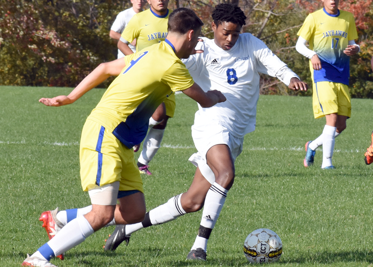 Lakers pull away in second half to beat Muskegon in Region XII quarterfinals, 5-1
