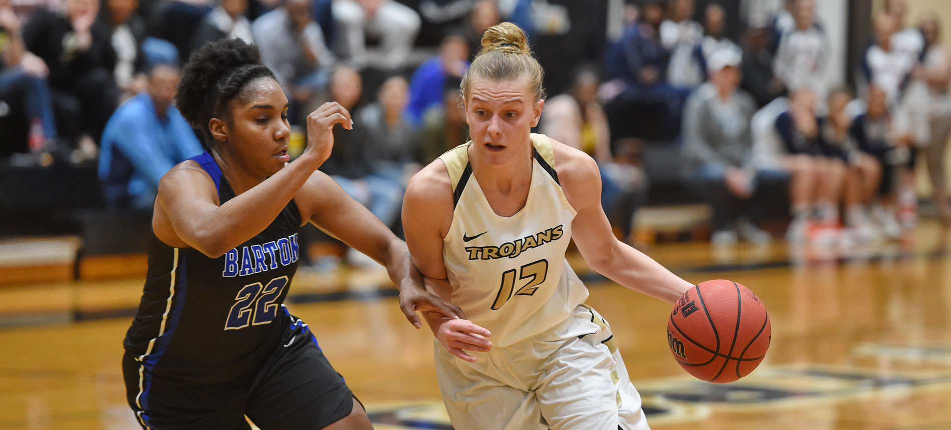 Mollenhauer Garners D2CCA All-America Women's Basketball First Team Honors