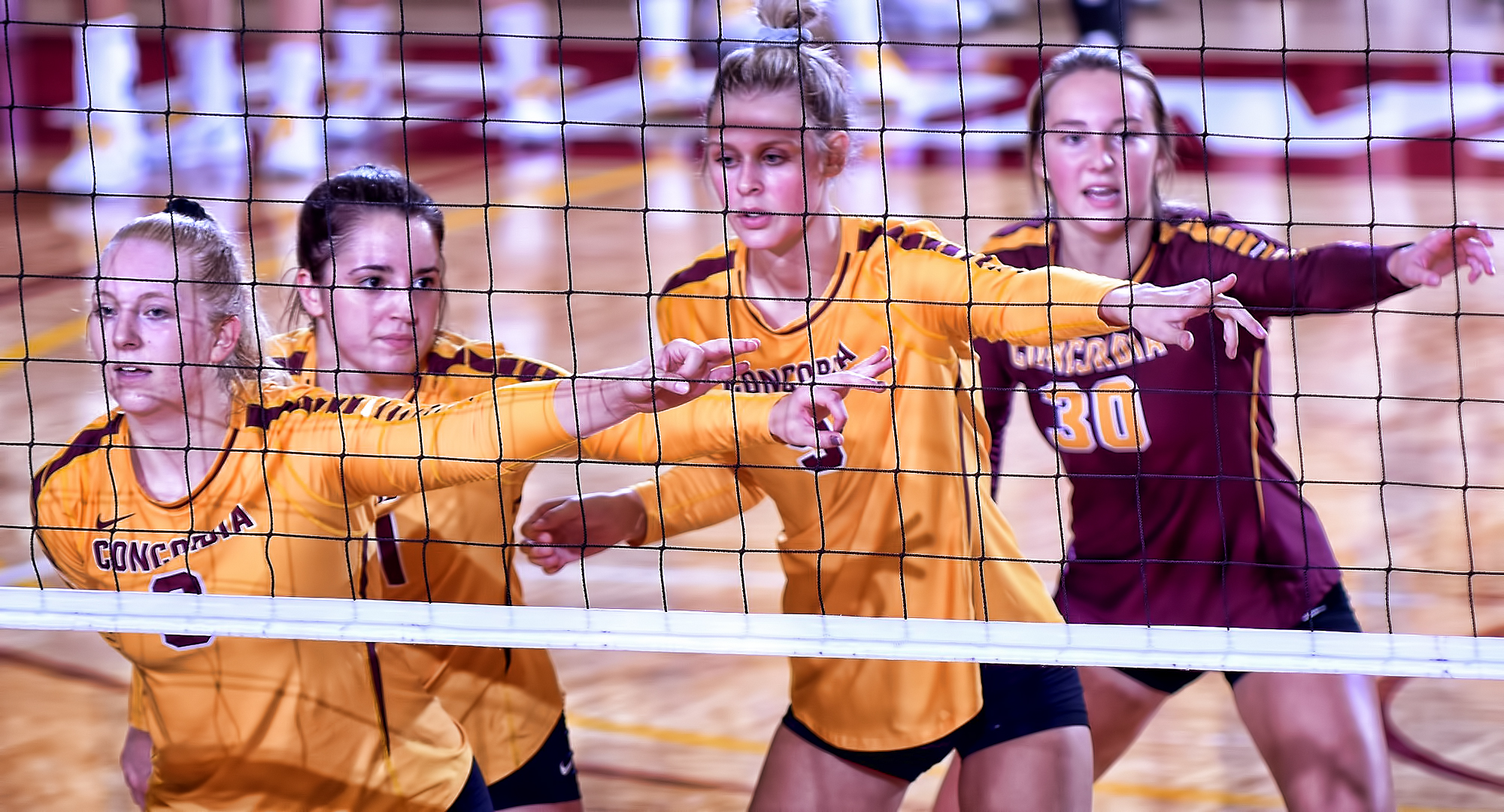 The Cobber volleyball team lost 3-1 at Minn.-Morris in a non-conference match in Morris.