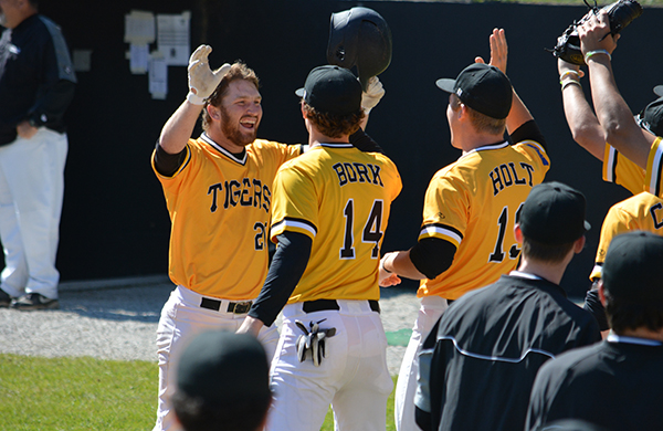 Tigers Split Sunday Doubleheader; Thompson Breaks Home Run Record
