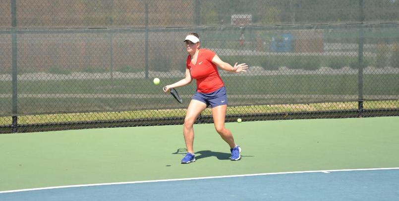 Abby Shonk was a 6-1, 6-1 winner at #5 singles in the sweep over Findlay on Saturday...