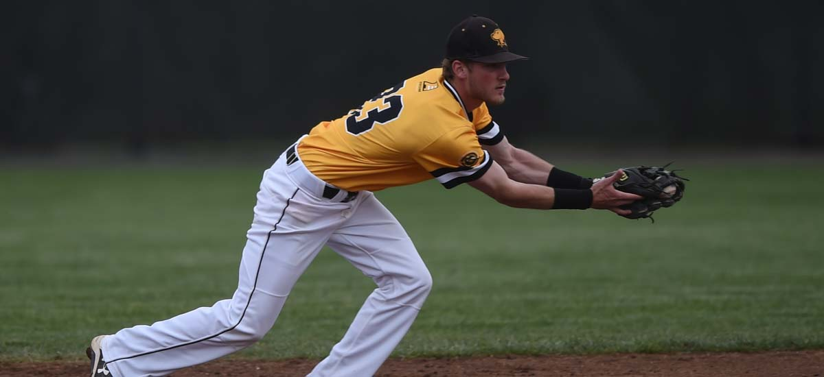 UMBC Baseball Splits Sunday Double Header with Maine