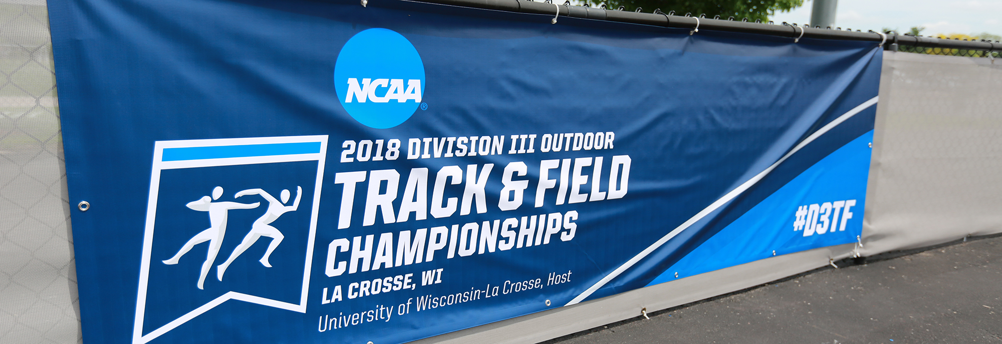 Follow Dimeon Wright, Iddriss Iddriss at NCAA Championship