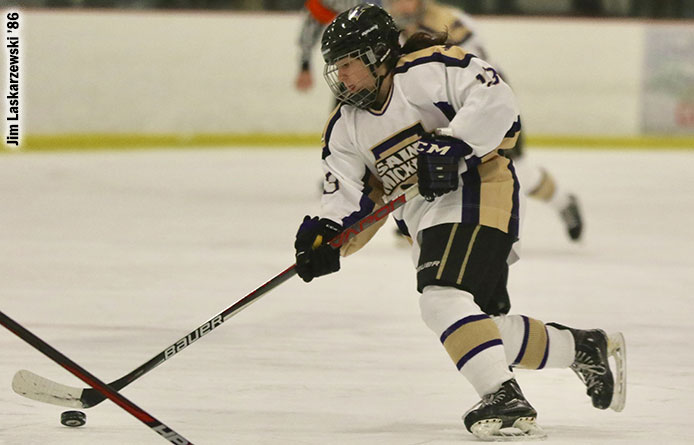 Women's Ice Hockey Finishes Home Slate with Loss to Saint Anselm
