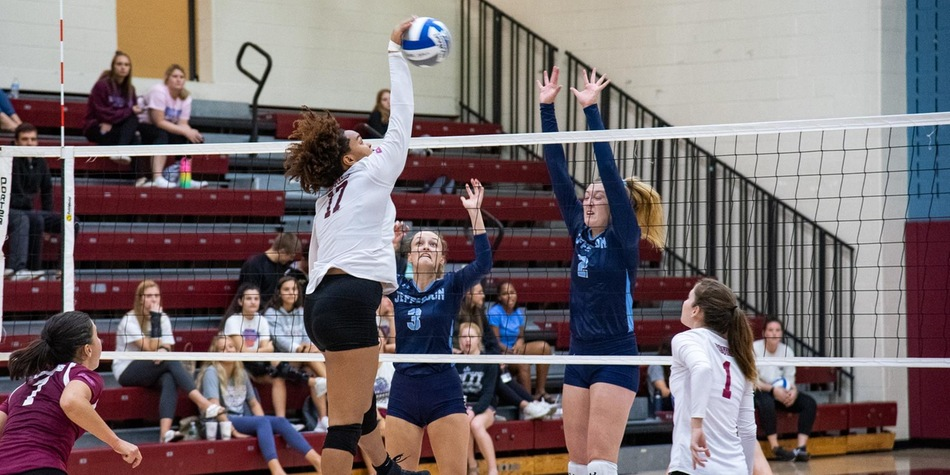 Volleyball Drops Three Close Sets to CACC North Leader Felician