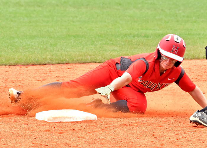 Alyssa Singleterry had two hits, two runs, a double and a stolen base in Saturday's doubleheader with William Peace.