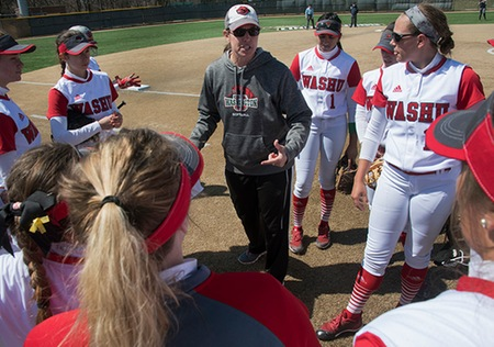 Maggie Clapp Tosses Two-Hit Shutout in Washington University Win Over Chicago