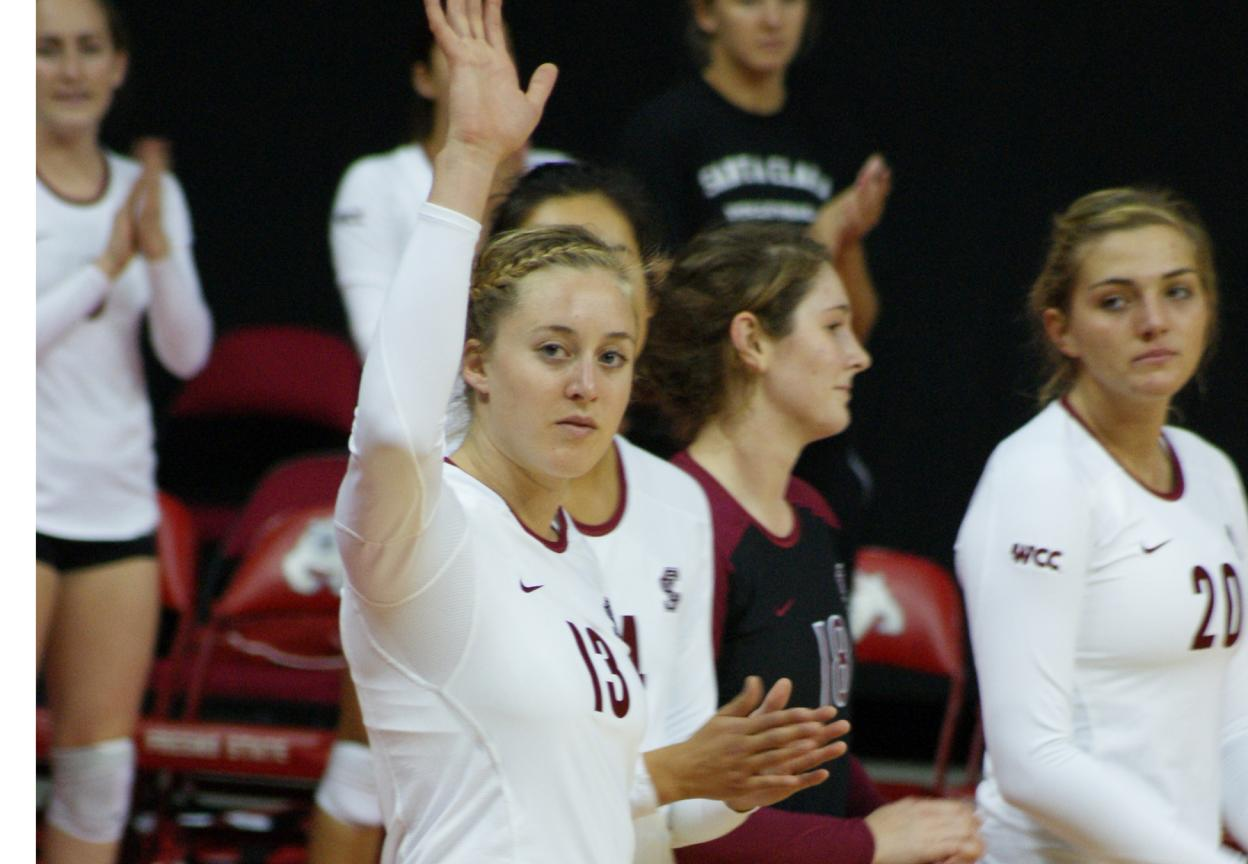 Volleyball Falls in 3 to LMU