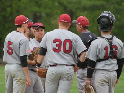 Baseball: Spartans overpower Mustangs