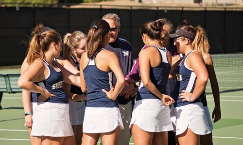 Women's Tennis Falls at RIC in Season Opener