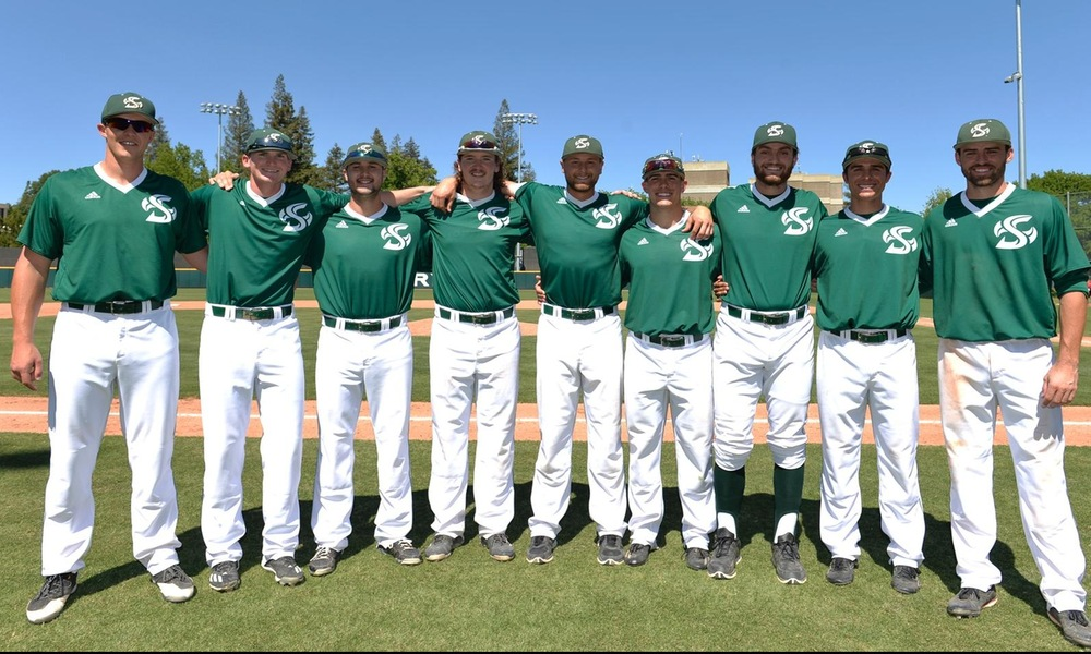 BASEBALL ENDS REGULAR SEASON, COMPLETES SWEEP OF UTRGV WITH 8-6 WIN ON SENIOR DAY