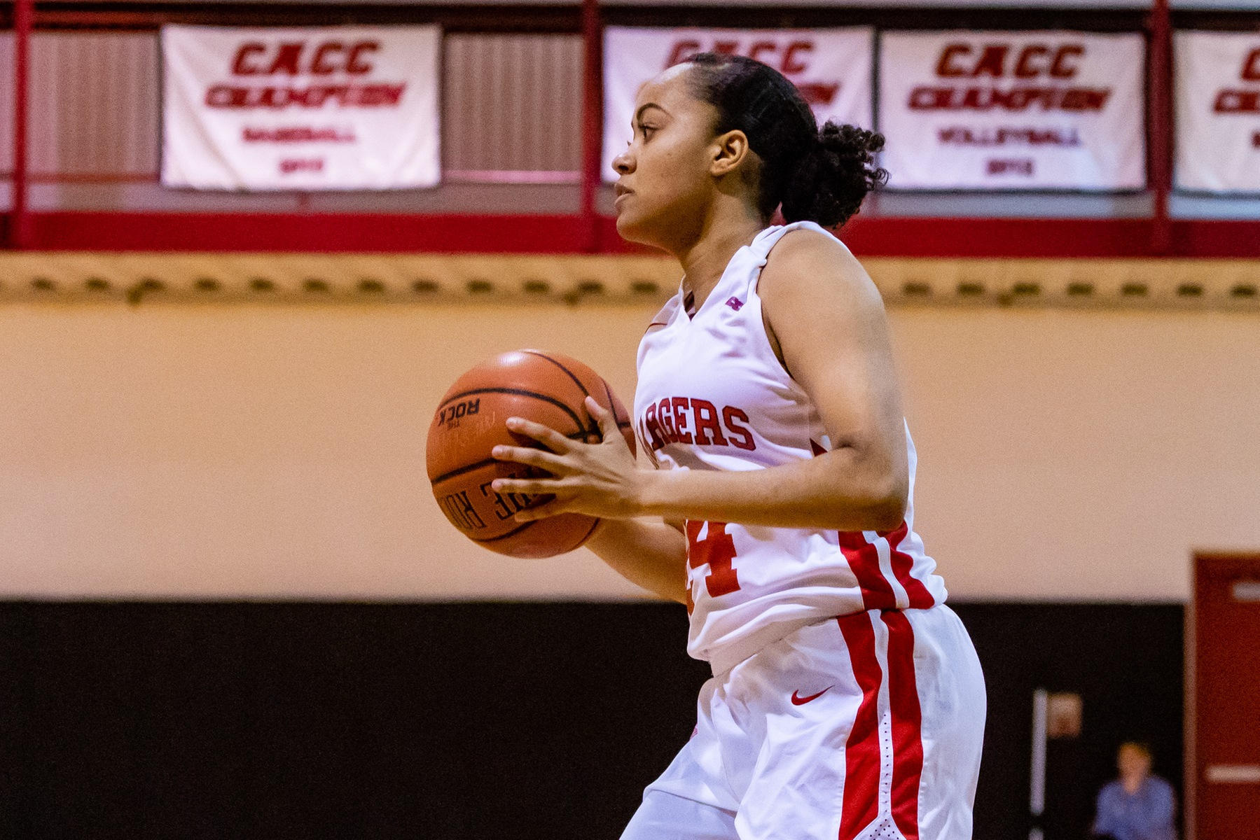 LADY CHARGERS ECLIPSE 100 POINTS IN DOUBLE OT WIN OVER GOLDEY-BEACOM
