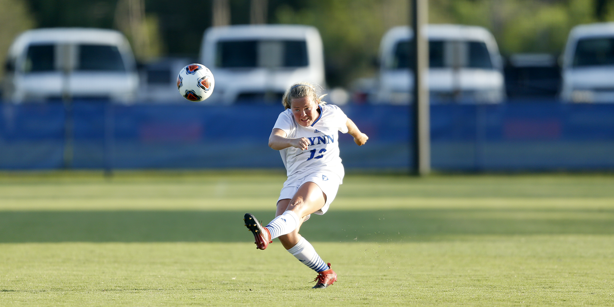 Weisberg's Floater Snaps Skid for Women's Soccer
