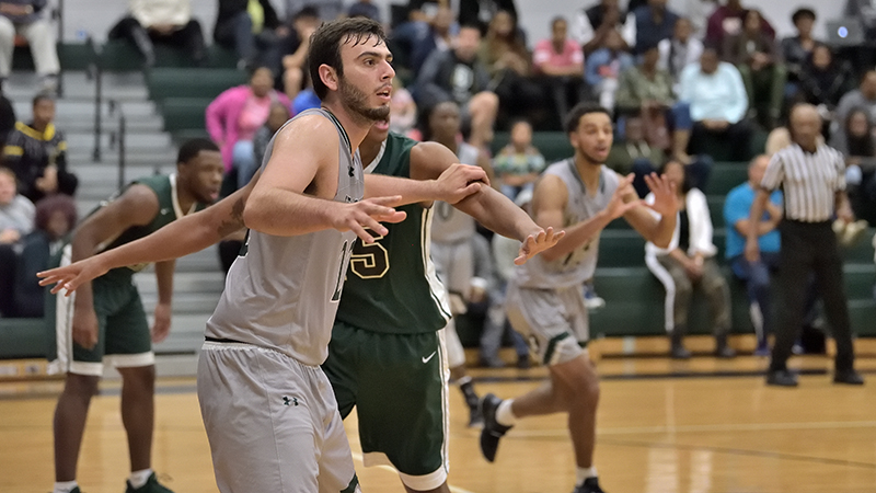 Statesmen's First Season Victory Won In Final Seconds