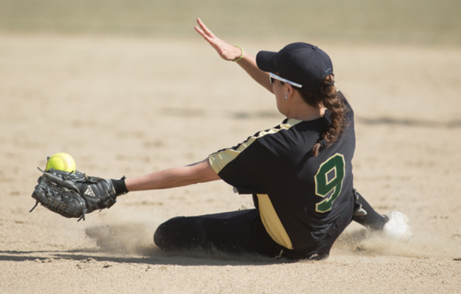 NAC Softball Championship Day 1: Husson, Castleton, Thomas, UMF, and Lyndon State Advance