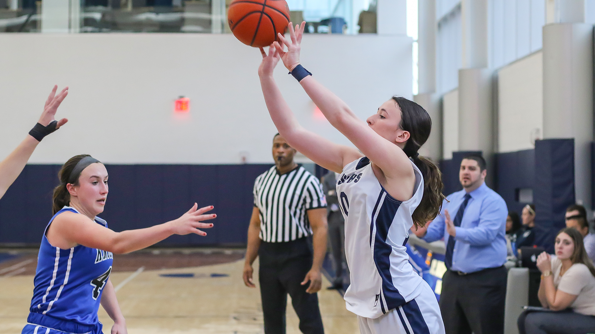 Women's Basketball Has Record-Breaking Performance in Win over Sarah Lawrence