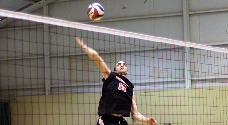 Farruggia Leads Men's Volleyball to Two League Victories