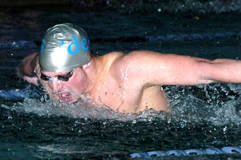 Men's swimming downs Trinity, 173-118, with three triple winners