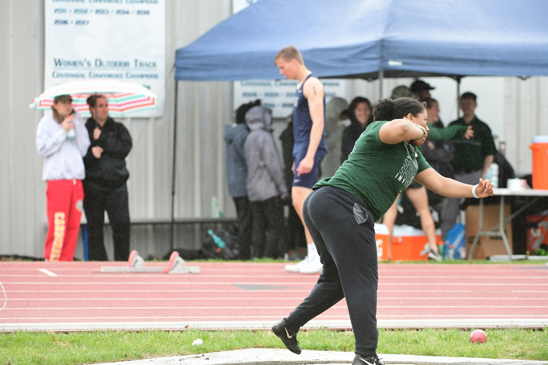 Ani Takes Fourth in Shot Put at Kaiser Classic