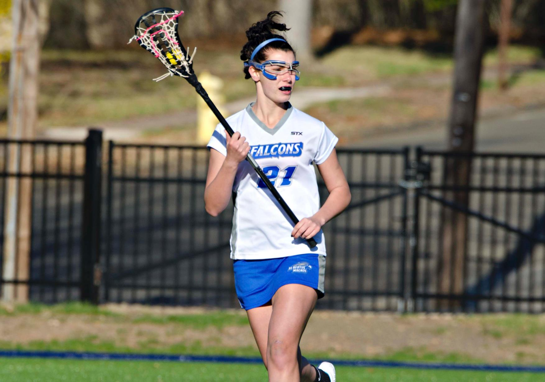 Simmons Stymies Women's Lacrosse