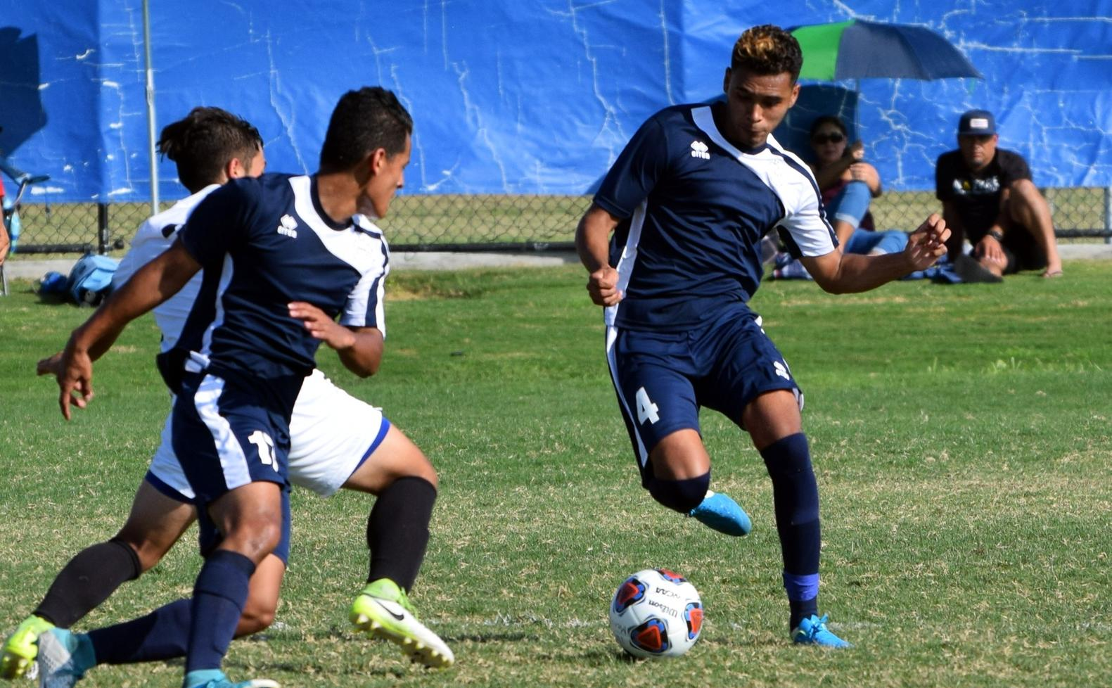 Men's soccer team comes up a goal short in 2017 opener