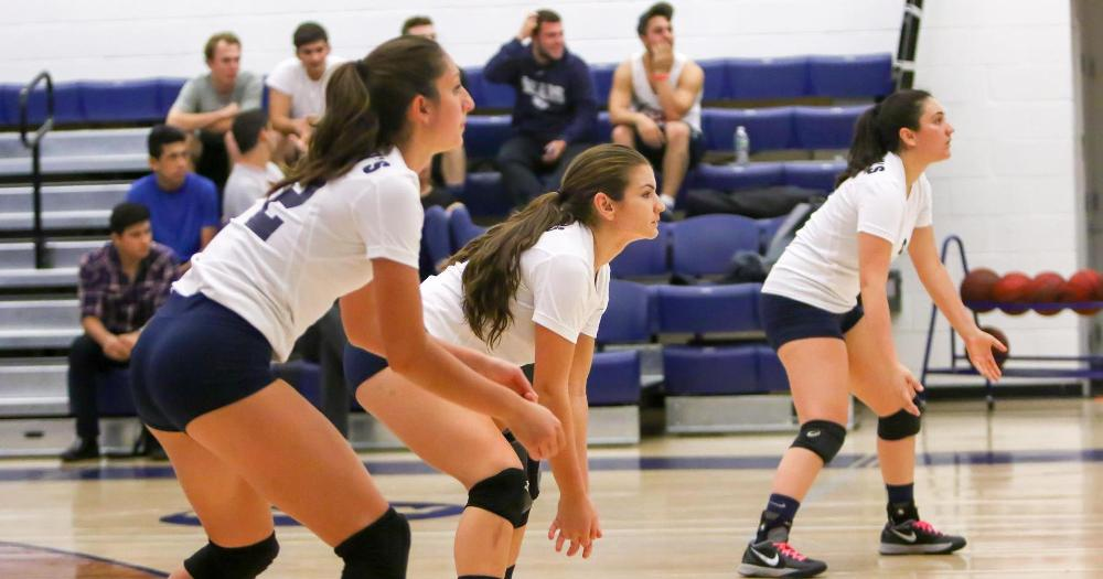 Women's Volleyball Sweeps Season Series With Medgar Evers and Moves Back to .500