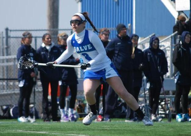 Kaitlin Gillespie scored the Seahawks first goal of the game against Roger Williams.