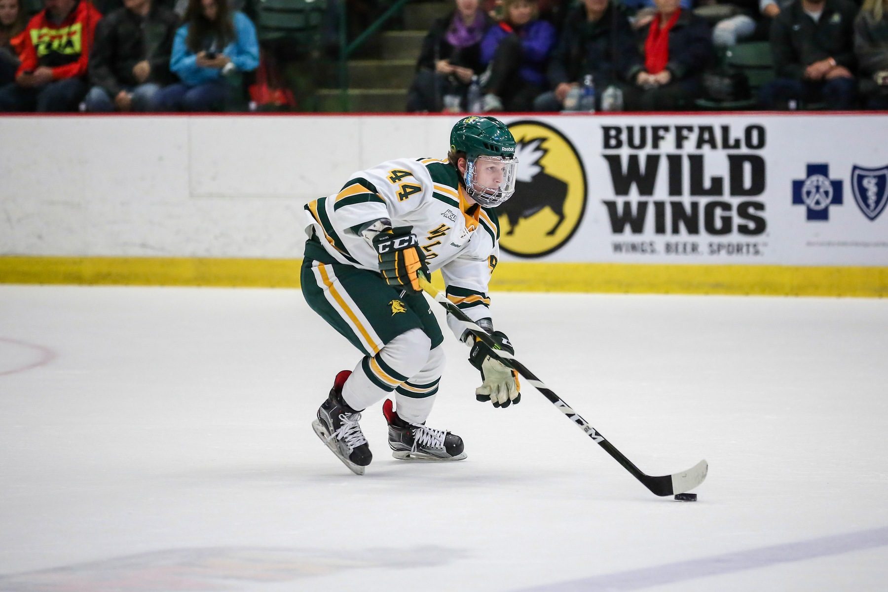 Wildcat Hockey Outlasted by Michigan Tech, 3-2