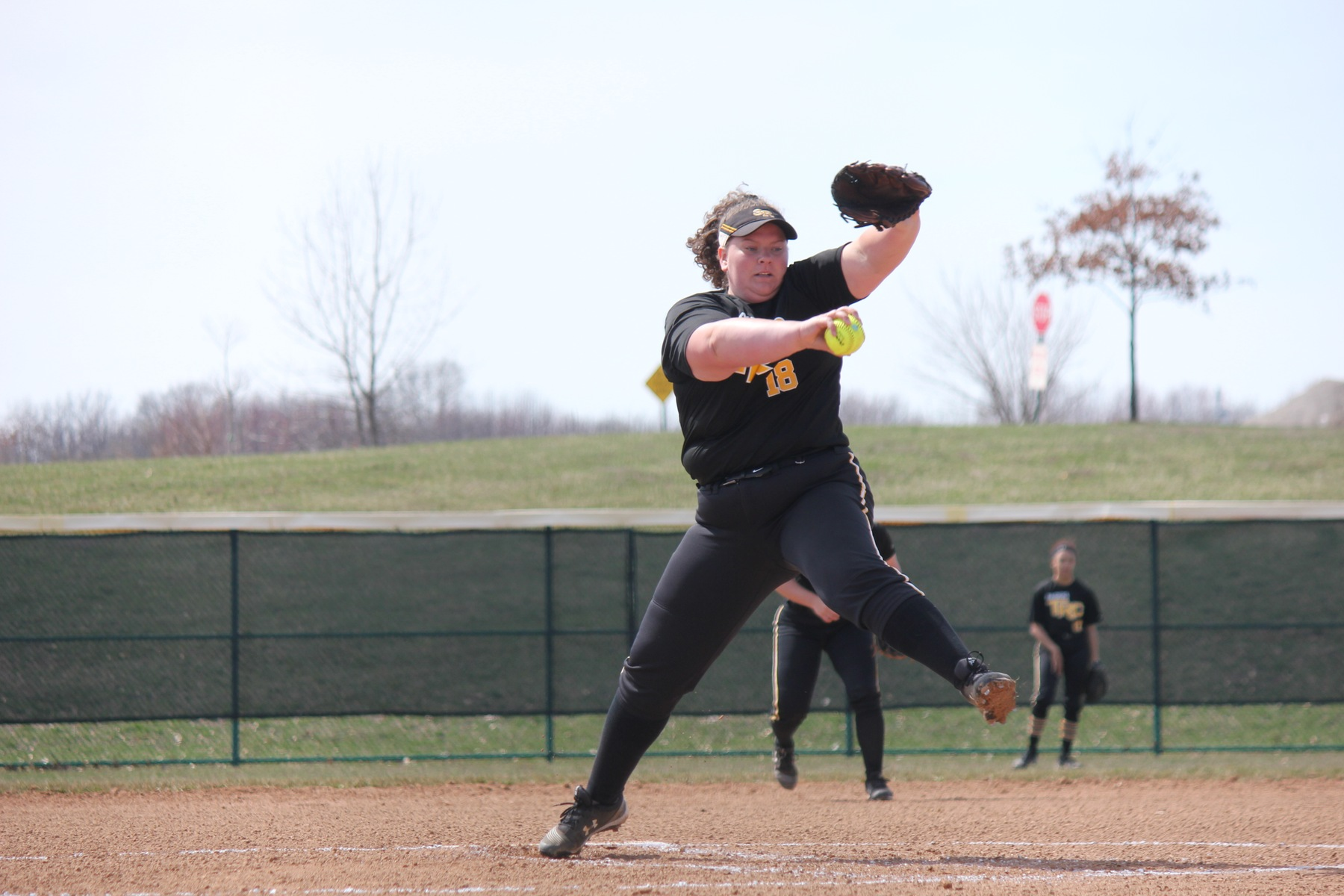Lady Raiders Softball sweeps St. Charles to reach 10 straight wins