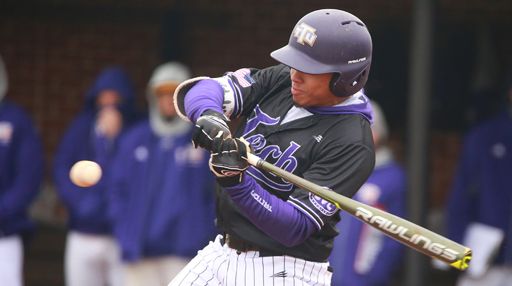 Carrera hits for cycle in Golden Eagle loss at South Alabama