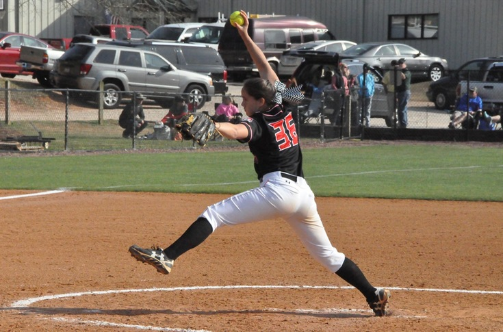 Softball: Panthers use long ball in gaining split of USA South doubleheader with Piedmont